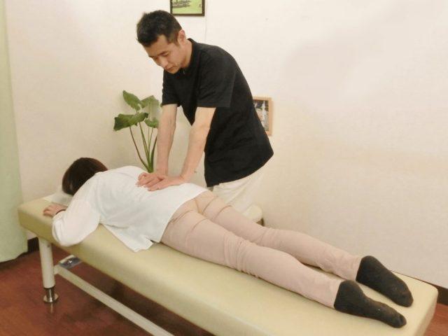 かとう整骨院で腰の施術