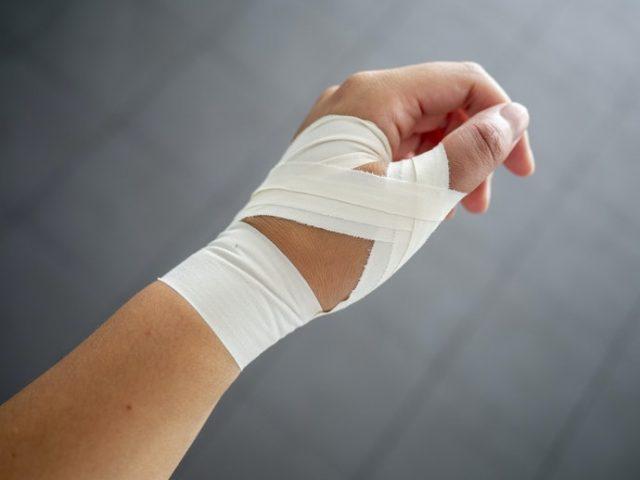 腱鞘炎のテーピング